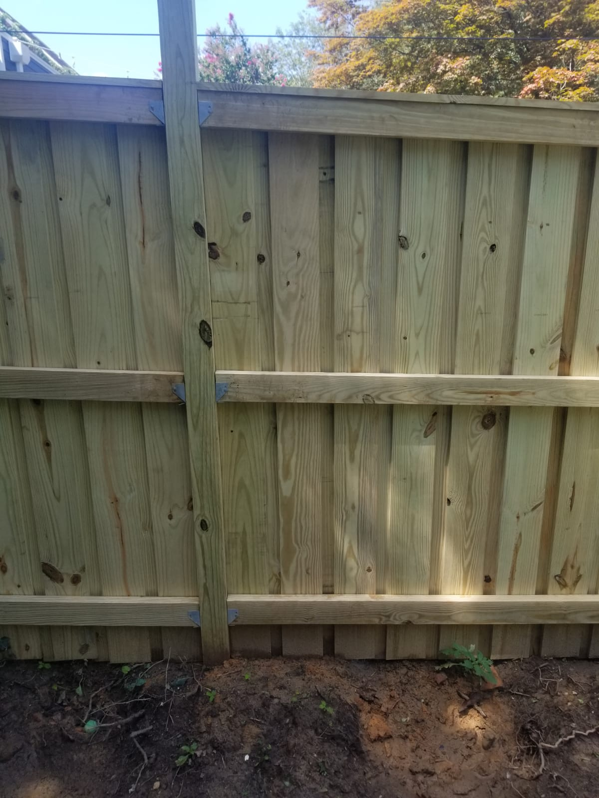 Considering to Sell Your House? Get New Fence Installed Boost Your Property Value