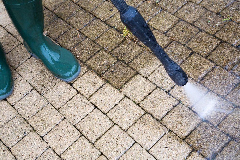 Power Washing Services That Will Make Your Home Look Sparkling